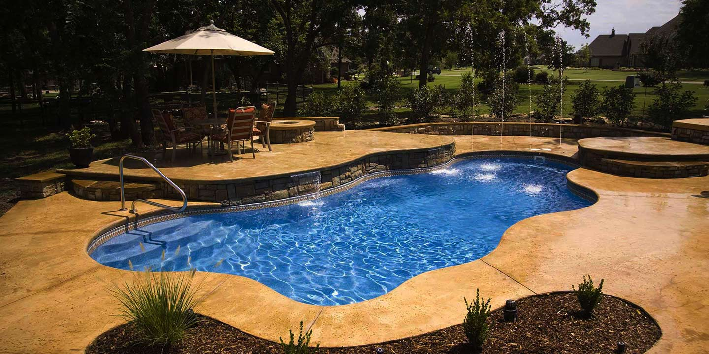Salem\'s largest in ground pools supplier both online & local